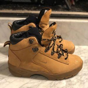 Nike ACG Boots Mens -9